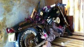 Kühlschränke und ein Motorrad: Pazifik spült Tsunami-Müll in die USA