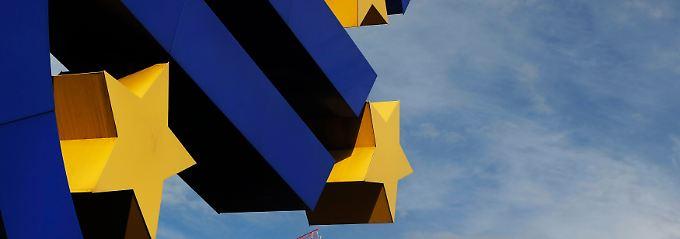 """Was darf die EZB? Und: Führt Draghi die Zentralbank in die """"unbegrenzte Staatsfinanzierung""""?"""