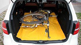 Mountainbiker finden in der B-Klasse genug Platz für ihr Hobby.