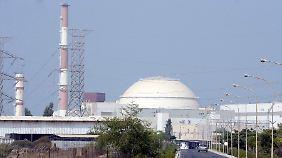 Die Attacken mit dem Computerwurm Stuxnet galten dem iranischen Atomprogramm - hier das Atomkraftwerk Buschehr.