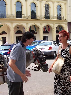 """Rosi Liekfeldt aus Sachsen ist Vorsitzende des """"Casino Aleman de la Habana"""", des 1861 gegründeten Deutschen Vereins mit Sitz in Havanna."""