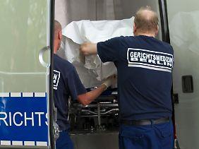 In Berlin wurde ein toter Säugling bei der Auflösung einer völlig vermüllten Wohnung gefunden.