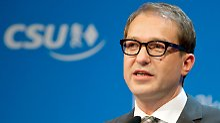 CSU-Generalsekretär Dobrindt ist kein Fan von Draghis Idee zur Einführung einer Zinsobergrenze.