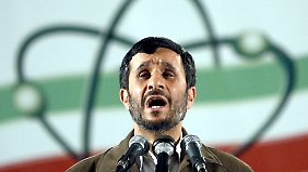 Ahmadinedschad leugnete auch schon wiederholt den Holocaust.