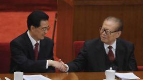 Hu Jintao und Jiang Zemin im Oktober 2011.