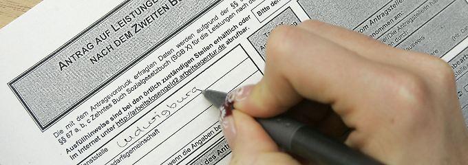 Arbeitslosengeld-II-Antrag: Die Berechnungsgrundlage steht infrage.