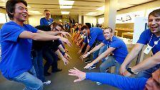 Weltweite Apple-Mania: iPhone-Fans stürmen Läden