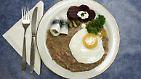 Blutsuppe, Katzen und Urin-Eier: Extremes Essen