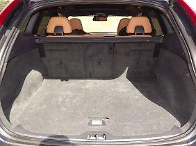Der Kofferraum bietet bei aufrechter Rückenlehne 495 Liter Stauraum.