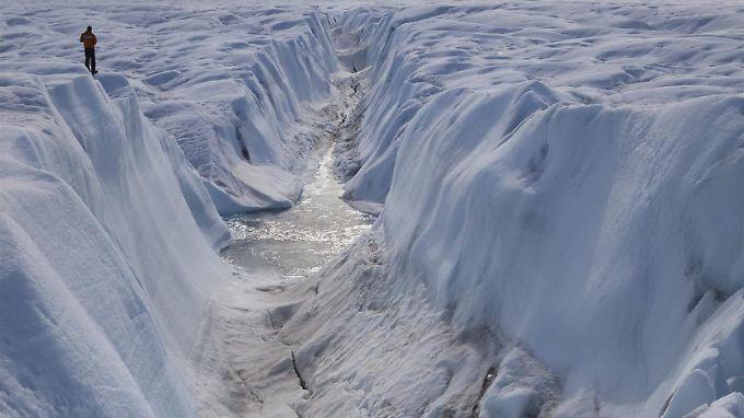 Grönland ist eine Schatzkammer für Computer-Rohstoffe - allerdings liegen viele zwischen Gletschern oder unter Inlandeis.