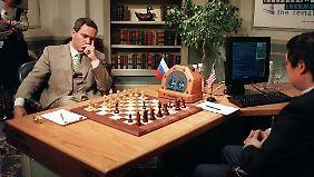 Zum ersten Mal verliert im Mai 1997 ein Großmeister gegen einen Computer.