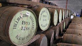 Fass für Fass für Fass: Lager der Tullibardine Distillery