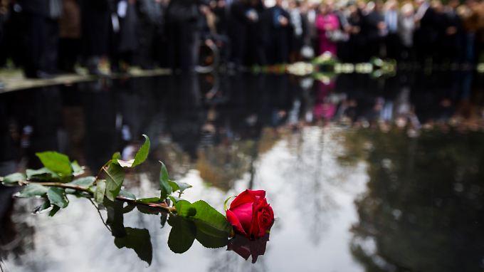 Das Denkmal für die im Nationalsozialismus ermordeten Sinti und Roma Europas liegt gegenüber dem Reichstag.