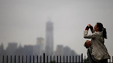 """Bilderserie: Ostküste der USA bereitet sich auf """"Sandy"""" vor"""