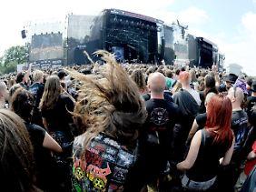 Schüttel dein Haar für mich: Beim Open-Air-Festival in Wacken im August 2011.