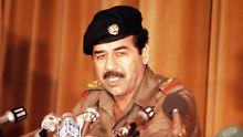 Saddam Hussein Anfang der 80er Jahre. Er ist für zahlreiche Massaker verantwortlich.