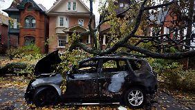 """Viele Menschen von Wucht überrascht: """"Sandy"""" trifft auch Kanada hart"""