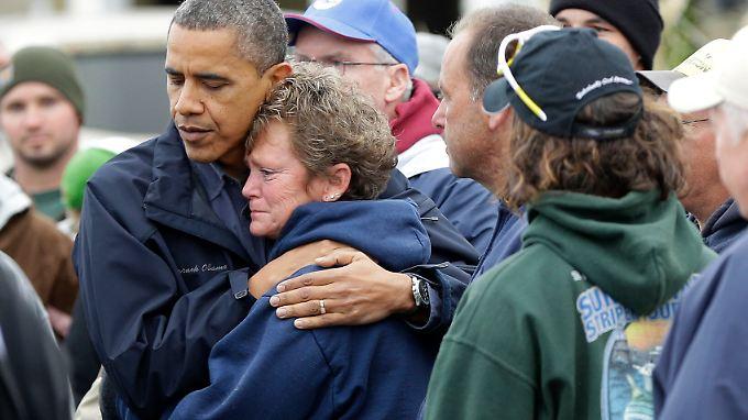 """Teile der US-Ostküste in Schutt und Asche: Obama profitiert von """"Sandy"""""""
