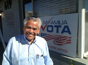 "Eliseo Medina, Gründer von ""Mi familia vota""."