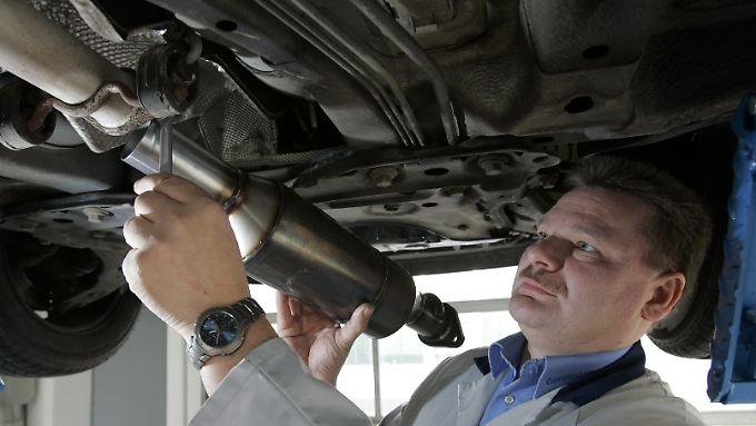 Ende 2010 lief die staatliche Förderung für das Nachrüsten von Rußpartikelfiltern für Diesel erstmals aus. Seit 2012 gibt es erneut einen Zuschuss in Höhe von 330 Euro.