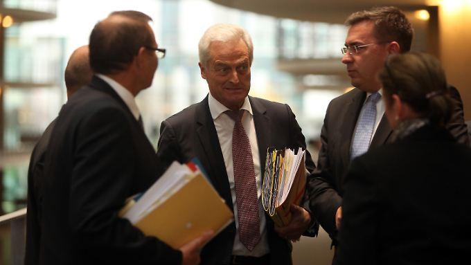 """""""Werden noch Streichungen vornehmen"""": Bundestag beschließt Haushalt"""