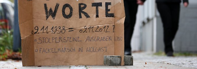 Stummer Protest in der Greifswalder Innenstadt.