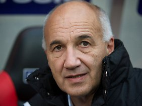 Auch mit Franz Gerber als Trainer blieb Jahn Regensburg punktlos, nun schon zum fünften Mal in Folge.