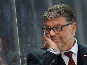 Erfolgscoach: Pat Cortina hat seine neue Freundin, die deutsche Eishockey-Nationalmannschaft, im Sturm erobert.