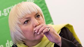 """""""Wir brauchen sie im Wahlkampf"""": Roth will Grünen-Chefin bleiben"""