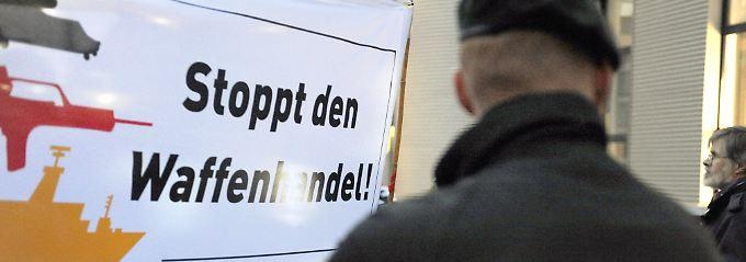 Proteste vor der Rheinmetall-Zentrale in Düsseldorf.