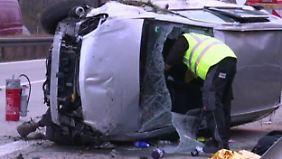 Drei Kinder sterben bei Autounfall: Raste Mutter absichtlich in die Leitplanke?