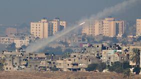 Aus dem Gazastreifen starten immer wieder Raketen, die Ziele jenseits der Grenze treffen sollen.