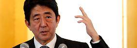 Verspricht Aufschwung aus dem Geldhahn: Japans Oppositiionsführer Shinzo Abe.