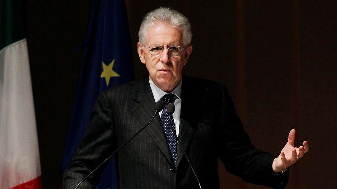 Mario Monti bei seinen Ausführungen in Mailand.