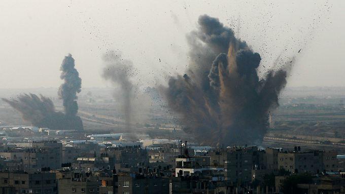 Immer wieder bombardierte die israelische Luftwaffe in den vergangenen Tagen Ziele in Gaza.