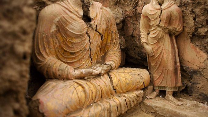 Buddha-Statuen in Mes Ainak.