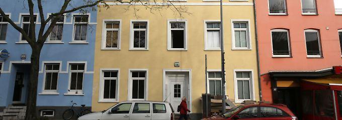 In dem gelben Haus wurde die Prostituierte getötet.