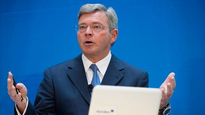 Christian Clausen, Chef des europäischen Bankenverbands, will die strengeren Kapitalregeln für Banken verschieben.