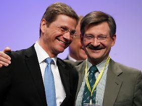 Hilfen für Griechenland wird die FDP mittragen - nicht jedoch die Verantwortung dafür. Im Bild FDP-Chef Westerwelle und Finanzexperte Solms.