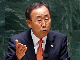 Ban will Atomwaffen abschaffen und Atomenergie fördern.