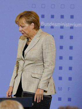 Schlechtes Omen: Als Merkel reden wollte, versagte die Technik.