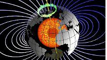 Das Dipolfeld der Erde in seiner einfachen Geometrie: Noch sieht es aus der Ferne betrachtet aus wie das Feld eines Stabmagneten.