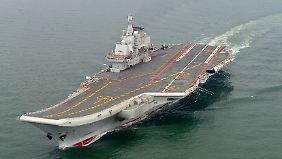 """Der Flugzeugträger """"Liaoning"""" ist 300 Meter lang."""
