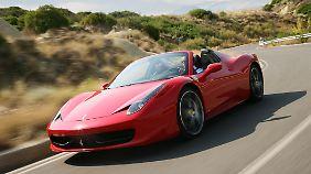 Den größten Fahrspaß bietet der Ferrari auf der Landstraße.