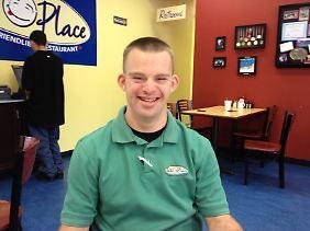 Tim Harris sitzt in Albuquerque (New Mexico) in seinem Restaurant, das er mit 17 Angestellten führt. Der 26-jährige Amerikaner ist wohl weltweit der einzige Restaurant-Besitzer mit Trisomie 21.