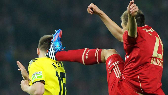 Pokalfinale am 12. Mai: Borussia Dortmund gewinnt mit 5:2, überlegen und grandios. Der fünfte Sieg in einem Pflichtspiel hintereinander. Und Bayerns Holger Badstuber geht gegen Jakub Blaszczykowski eher rustikal zur Sache.