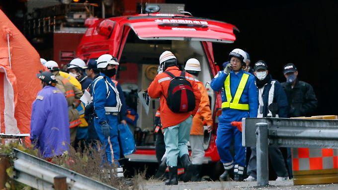 Tote und Vermisste in Japan: Autotunnel stürzt ein
