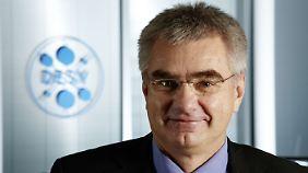 Joachim Mnich forscht in Hamburg und am Cern.
