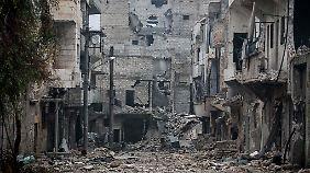 Nach wochenlangen Kämpfen sind Teile von Aleppo stark zerstört.