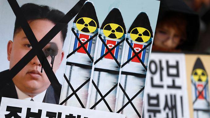 Die Forderungen der südkoreanischen Gegner des nordkoreanischen Raketenprogramms bewahrheiten sich unfreiwillig - zumindest vorerst.